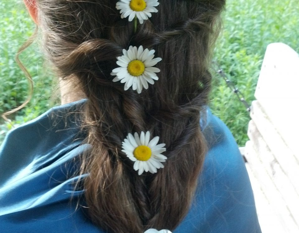 Pretty DIY Hair, Quick and No Cost