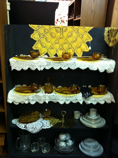 Antique Mall Display Shelf