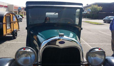Picturing-Myself-in-this-Antique-Car