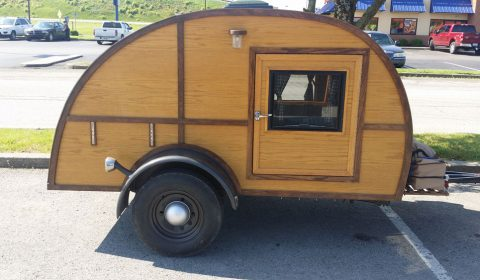 Teardrop-Trailer-in-Danville