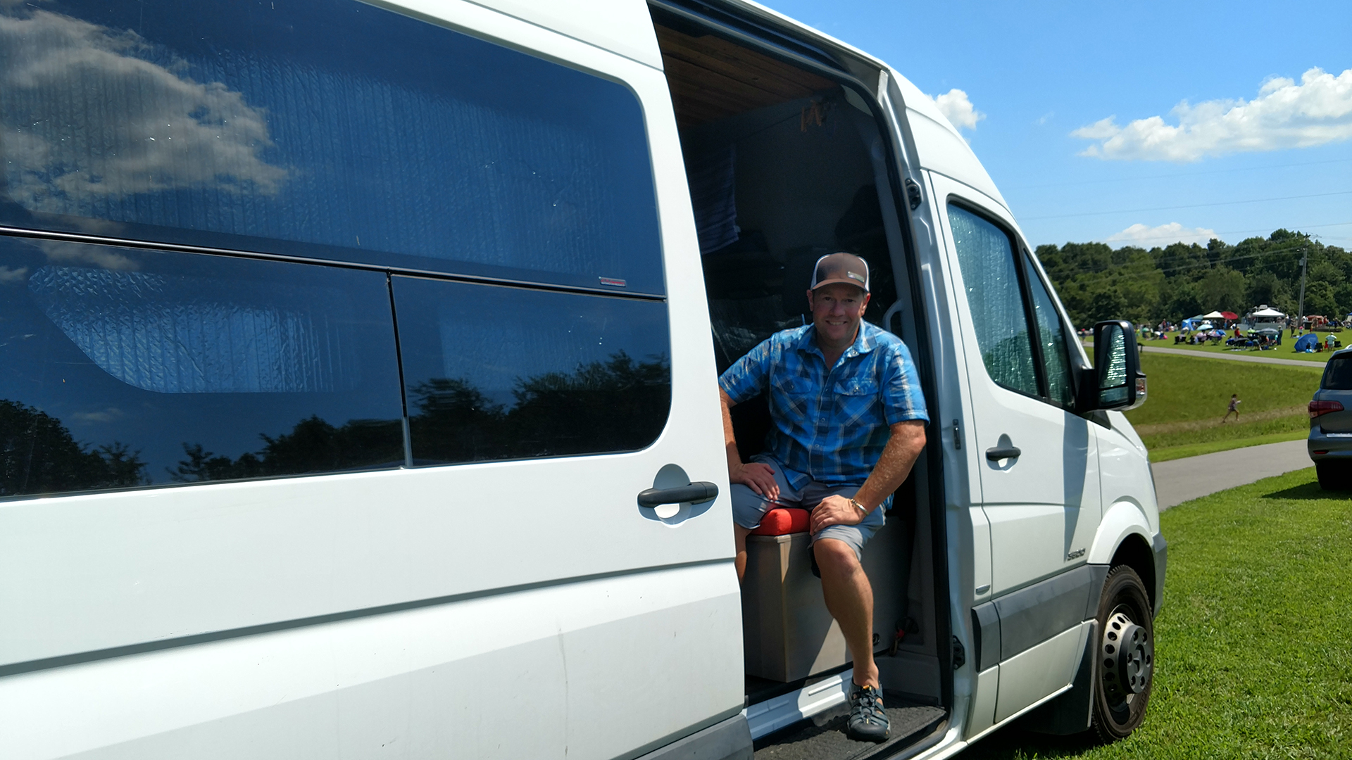 Van-Life: An Interview with Danny and Darlene in Their
