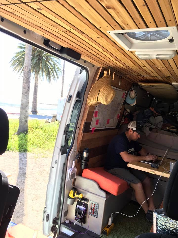 Danning working while #vanning